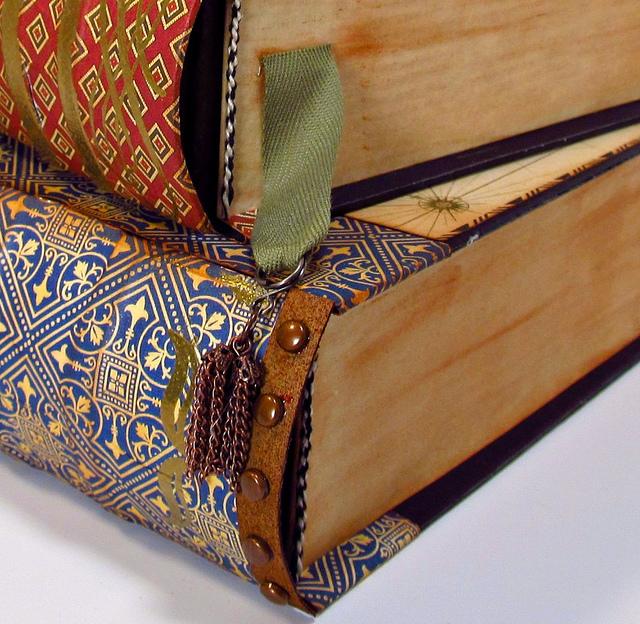 F1Books